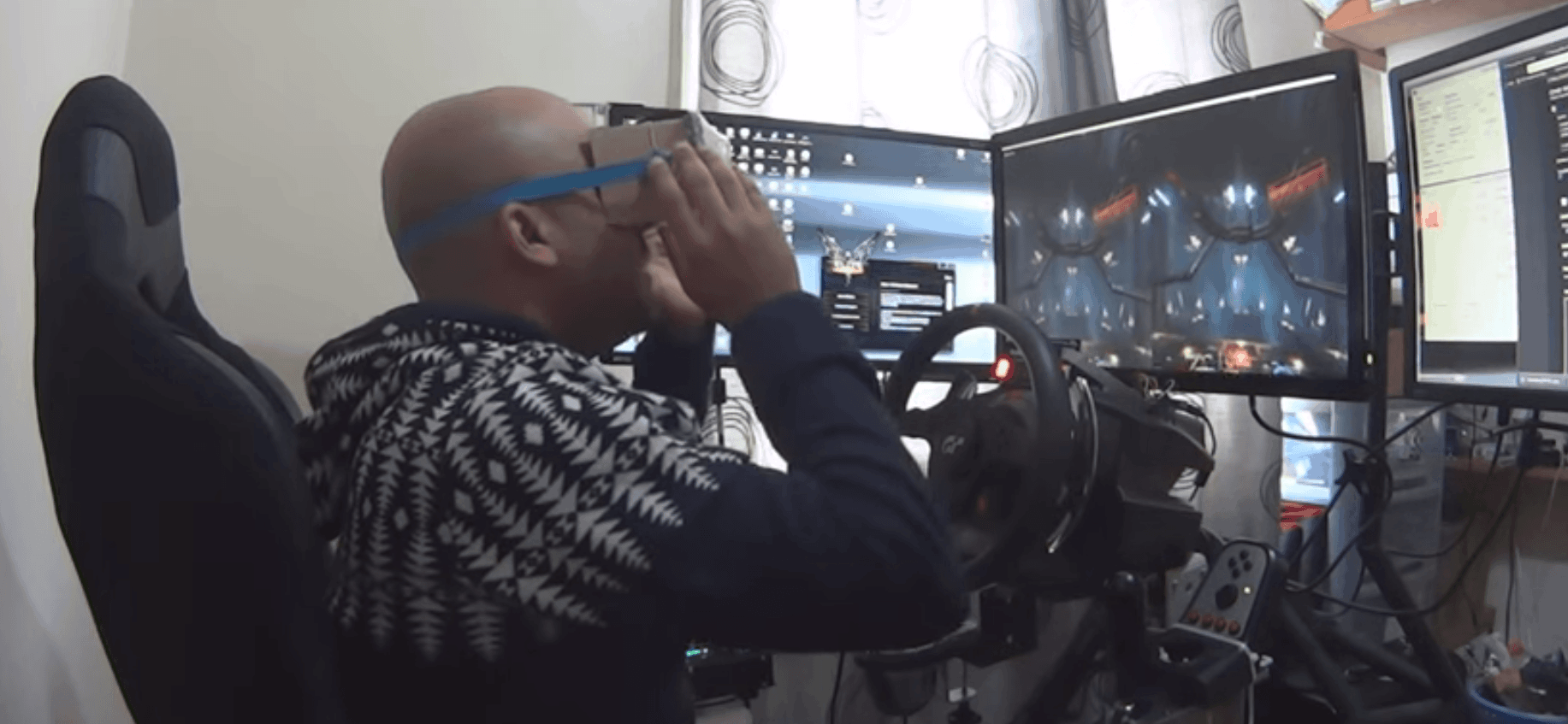 Elite Dangerous with Google Cardboard: DIY Oculus RIFT :)